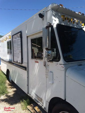Fully-Packed Turnkey 26' Diesel Step Van Kitchen Food Truck.