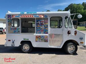 Classic GMC Ice Cream Truck with Rebuilt Motor / Ice Cream Shop on Wheels.