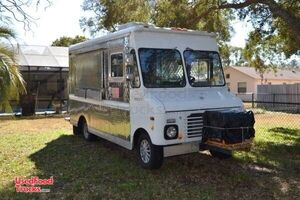 Used Ford Econoline Kitchen Food Truck / Kitchen on Wheels.