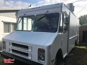 Chevy Stepvan 30 Food Truck with New Kitchen.