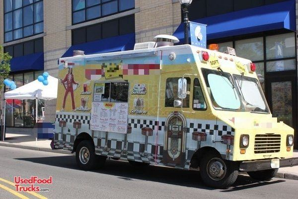 1989 Ford E350 Amazingly Cool Soft Serve Ice Cream Truck- Custom Built.