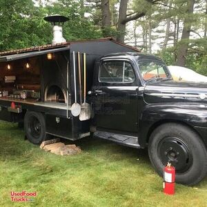 Head-Turning Vintage 1952 Ford F4 18' Wood-Fired Pizza Food Truck.