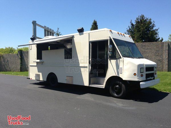 Chevrolet P30 Barbecue Food Truck / Mobile Kitchen.
