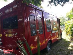 Clean & Spacious Barbecue Step Van Kitchen Food Truck/Used Mobile Barbecue Unit.