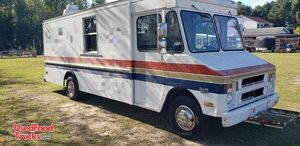 Chevrolet Express Cargo Mobile Kitchen / Used Food Truck.