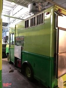 Ready for Service 18' Chevrolet P30 Food Truck / Used Kitchen on Wheels.