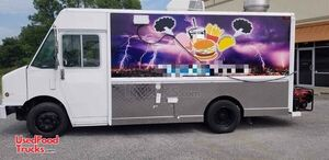 2000 Freightliner Mobile Kitchen / Diesel Step Van Food Truck.