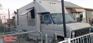 Ready to be Transformed -17' Ford Econoline 350 Low Mileage Food Truck.