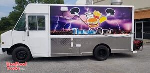 Used 2000 Freightliner W70 21' Diesel Step Van Kitchen Food Truck.