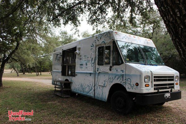 2008 Freightliner MT-45 Food Truck Diesel Engine, 2013 Kitchen Build Out.