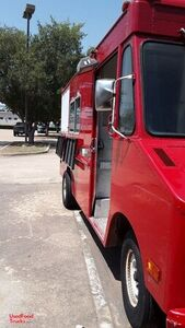 Permitted Chevrolet Step Van Pizza Food Truck with Pro Fire Suppression.