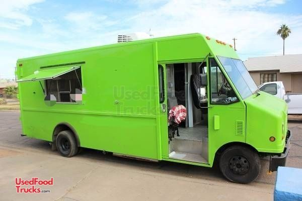 2004 Ford Econoline Step Van Food Truck / Used Mobile Kitchen.