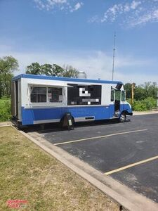 25' Chevrolet P30 Step Van Barbecue Mobile Kitchen Food Truck.