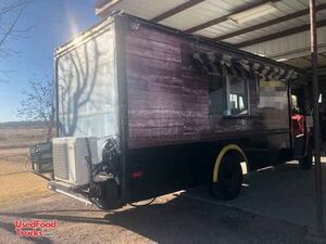 Used Step Van Mobile Kitchen / Ready for Service Food Truck.