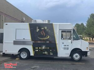 14' Freightliner MT45 Diesel Food Truck / Commercial Mobile Kitchen.