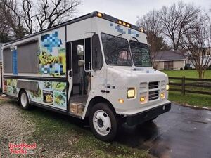Barely Used 2003 ICC Diesel Step Van Mobile Kitchen Food Truck.