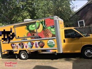 2014 GMC Box Truck Smoothie Truck / Beverage Truck.