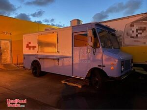 Chevrolet P90 Kitchen on Wheels / Food Truck with Pro Fire Suppression.