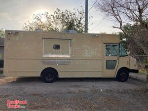 2002 Chevrolet Utilimaster Kitchen Food Truck with Pro Fire Suppression.