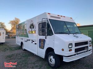 Freightliner 25' Inspected and Licensed Step Van Mobile Kitchen Food  Truck.