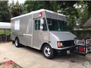 All Aluminum 24' Lightly Used Diesel Step Van Mobile Kitchen Food Truck.