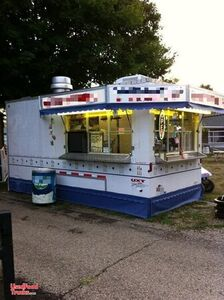 United UXT 8.5' x 18' Food Concession Trailer / Ready to Use Mobile Kitchen.