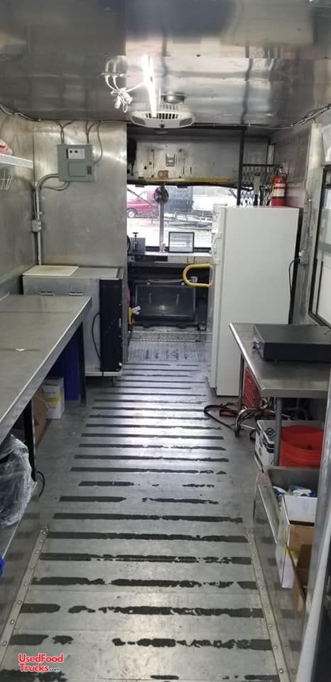 Truck Supply Near Me >> 2000 Diesel Freightliner Box Truck Barbeque Food Truck ...