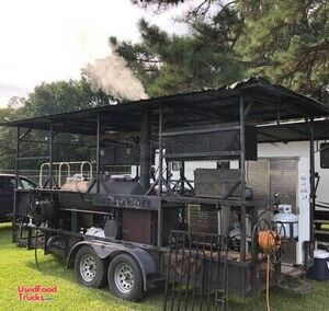 18' Barbecue Concession Trailer / Ready to Work Barbeque Pit.