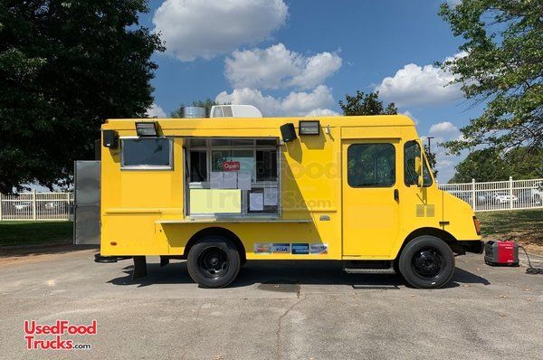 Fully Loaded Used Chevrolet P30 27' Stepvan Kitchen Food Truck.