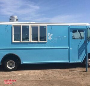 22' GMC Inspected Food Truck / Ready to Work Mobile Kitchen.